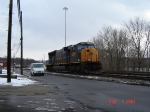 CSX 4782   SD70MAC  Feb 03, 2007  Going Against A Mail Truck